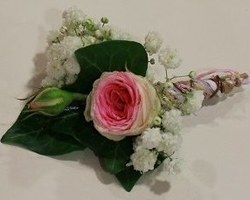 Côté Fleurs Création - MABLY - Boutonnières hommes, bracelets femmes